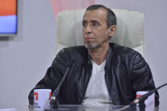 El escritor cubano Rogelio Riverón Morales contó que una de las primeras veces que publicó fue un cuento en una antología compilada por Salvador Redonet.