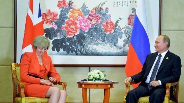 Theresa May y Vladímir Putin